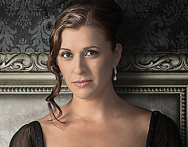 Amparo Navarro